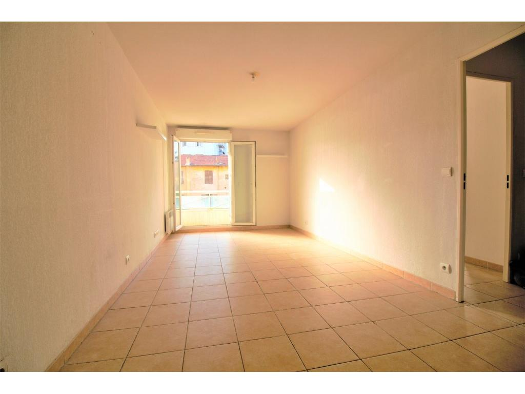 2 P PASTEUR - PARKING - IDEAL INVESTISSEUR